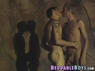 Young gay Jason Raze banging cute twink after blowjob