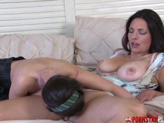 PORNSTARPLATINUM Lesbian Teen Serena Blair Eats Mommys Pussy