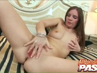 Hot Pornstar Evelyne Foxy Gets Fucked By A Hunk