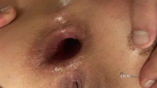Linda Brown opens both holes