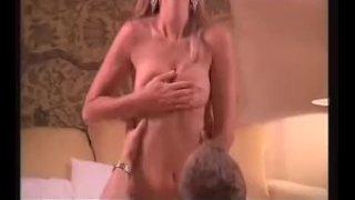Amy Lindsey - The erotic traveler