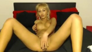 Euro blonde fingering hard
