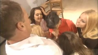 Teacher & students blowbang principal