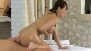 Massage Rooms Hot young girls leg and foot ma