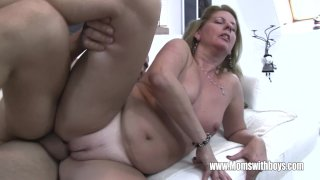 Cougar Fucks After She Catches Her Stepson Ma