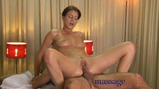 Massage Rooms - Expert handjobs from Rita