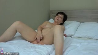 OldNanny Granny with pretty girl masturbating