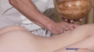 Massage Rooms Hairy pussy beauty gets fucked