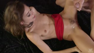 Sensual domination makes Riley Reid squirt
