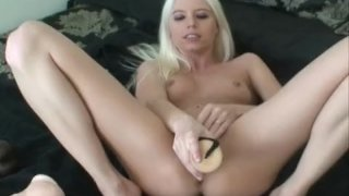 Jayda Diamond double brutal dildo penetration