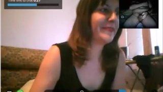 Reacciones de nenas al ver mi polla en la Web Cam 3