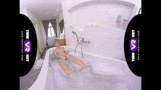 TmwVRnet -Arwen Gold- The Most Sensual Bath Solo by Arwen Gold in VR