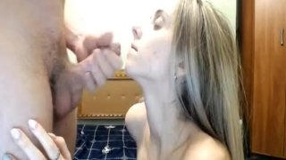 Blonde Hottie Gets Her Vag Screwed In Several Positions