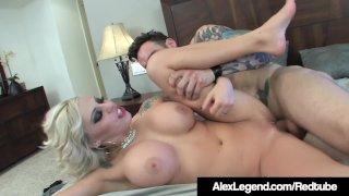 Alex Legend Mouth Fucks & Pussy Pounds Blonde Vyxen Steele!