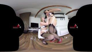 StockingsVR - Lesbo Cum Swappers