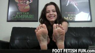 Female Feet Worshiping And Femdom Humiliation