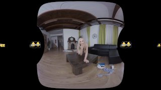 Feel Her Piss In This Virtual Reality Pee Scene