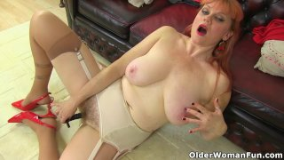 English and redhead milf Velvetina dildos her hairy fanny