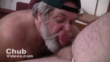 Best way to use suction dildo