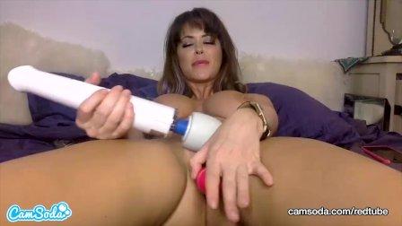 CamSoda - MILF Emily Addison Orgasms with her Masturbation Toys