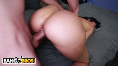 BANGBROS - MILF Sheila Marie Gets Her Wonderful Big Ass Banged