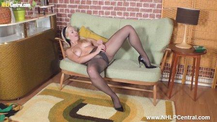 Leggy Masie Dee makes herself cum fingering in torn pantyhose and heels