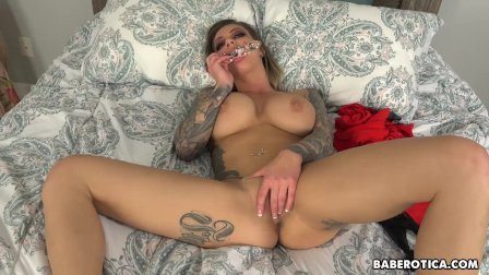 Solo blonde, Karma RX is using a glass dildo, in 4K