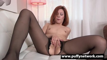 Sexy Redhead In Dildo And Gaping Action