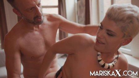 MARISKAX Busty blonde MILF Valentina Babe has her ass stuffed
