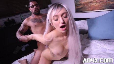 AD4X Jade Iverson se fait ramasser par Duca