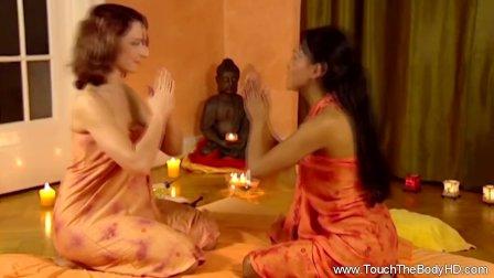 Girlfriend Enjoys The Female Massage Experience