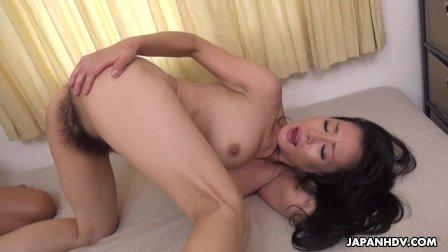 Japanese housewife  Rei Kitajima got banged  uncensored