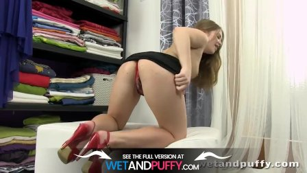 Sexy Brunette Alessandra Plays With Puffy Pussy