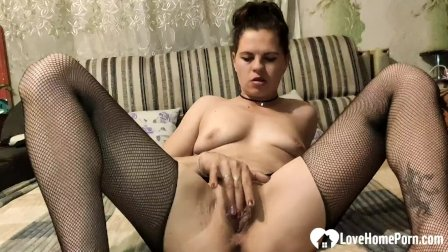 Stepsister in stockings gets a raging boner